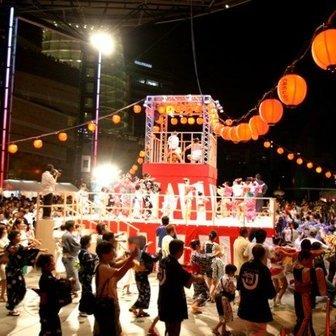 「六本木ヒルズ盆踊り2013」開催 ヒルズのレストランも屋台に
