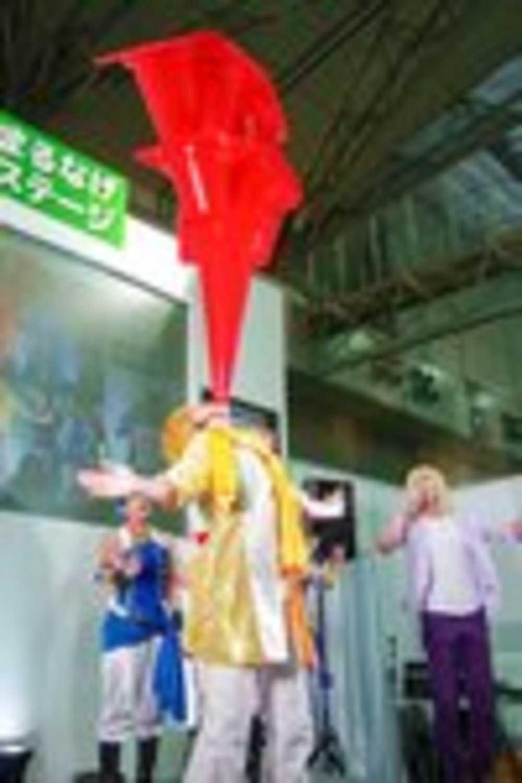 ニコニコ超会議2016 超まるなげステージ「コスつく」パフォーマンス