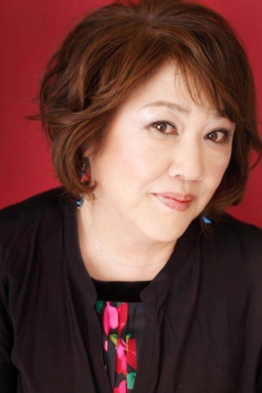 小坂明子さん