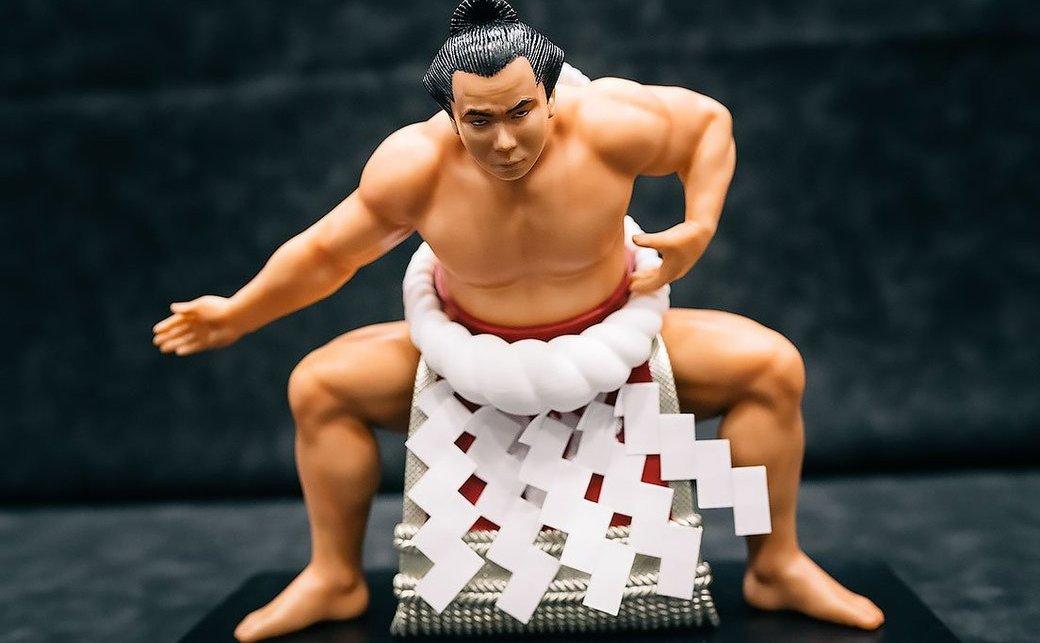 異色の「千代の富士」フィギュア土俵入り アポなしで女将さん訪問、実現へ