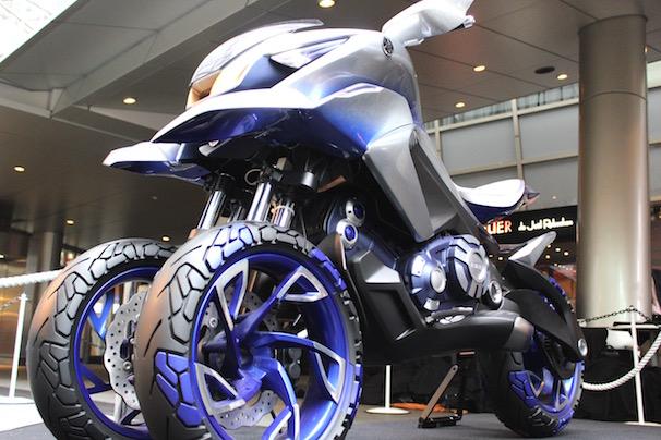 マルチホイールバイク「01GEN」(日本初披露)