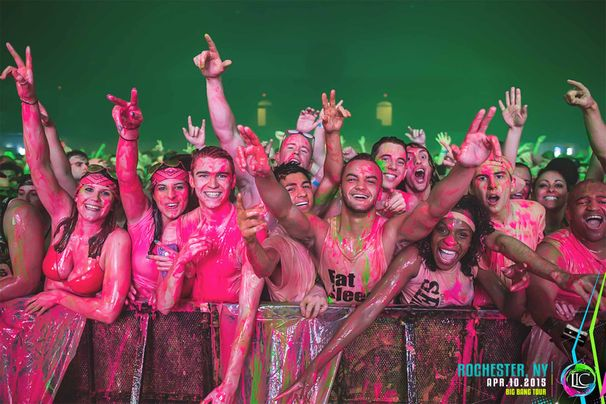 3������ϡ�Life In Color�׸�Web�����Ȥ��