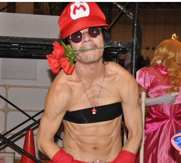 筋肉マリオさん