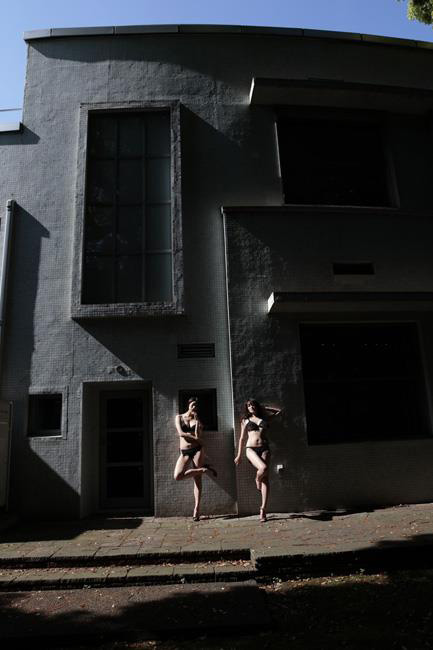 篠山紀信「快楽の館」2016年6(C)Kishin-Shinoyama-2016
