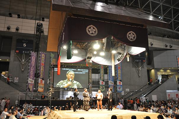 大相撲超会議場所