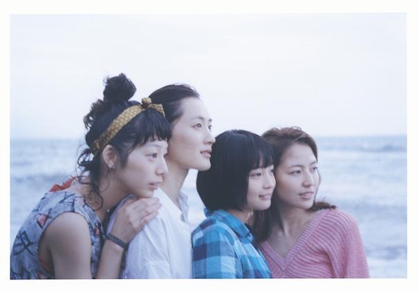 『海街dairy』メインビジュアル(C) 2015 吉田秋生・小学館/フジテレビジョン 小学館 東宝 ギャガ