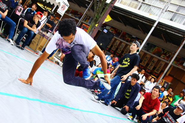 アニソンダンスの熱き戦い『アキバ×ストリート』初の東京予選を生配信