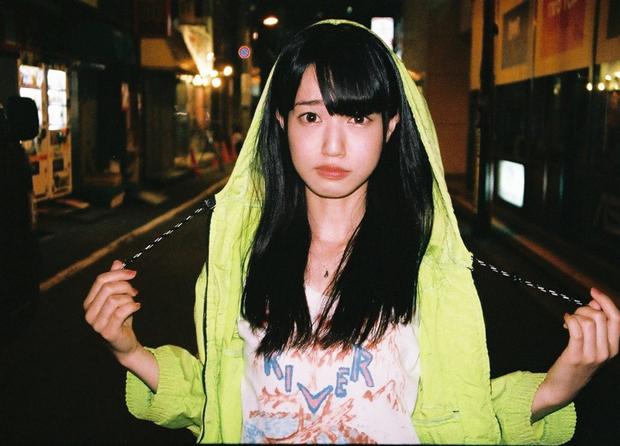 香港生まれのアニメ好き美少女 謎のポップ歌手・綿めぐみがアルバム発表