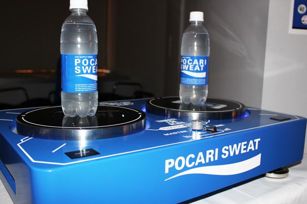 「POCARI JOCKEY」オリジナル仕様のターンテーブル