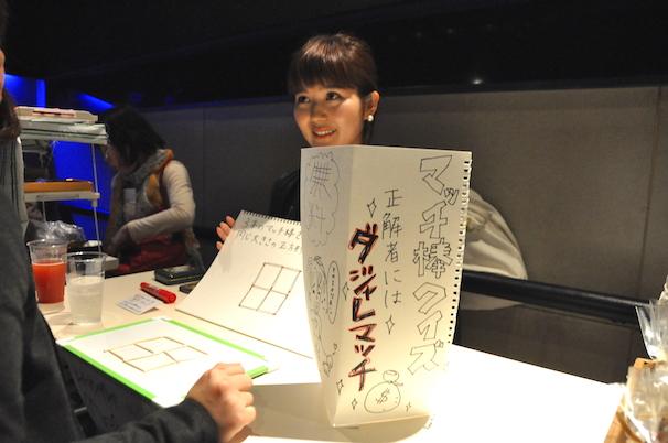 マッチ棒クイズを出題していた漫画家の図Yカニナさん