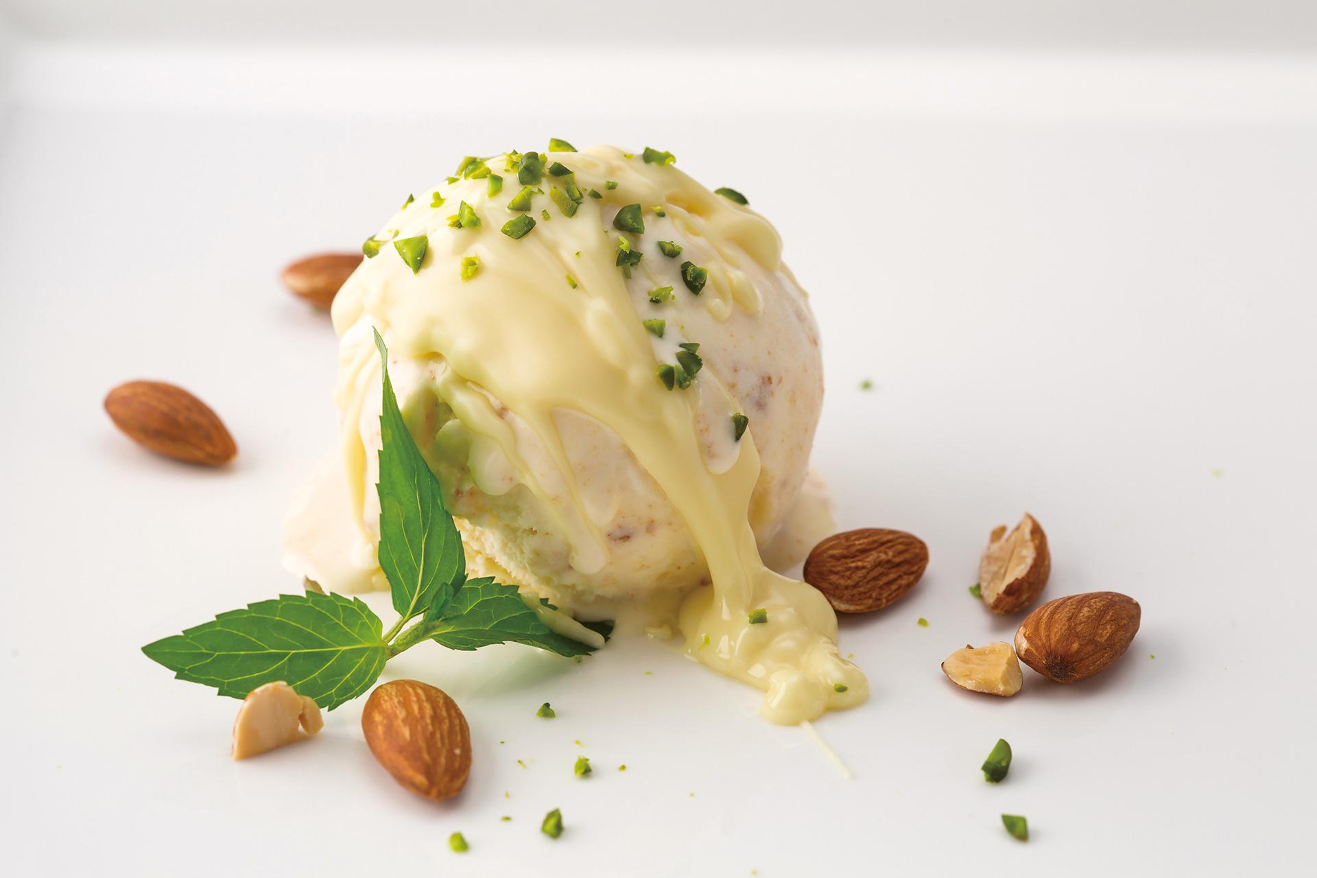 「フォンダンチーズアイスクリーム」2