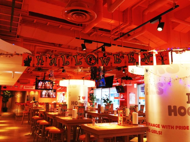 HOOTERS �ϥ?��������
