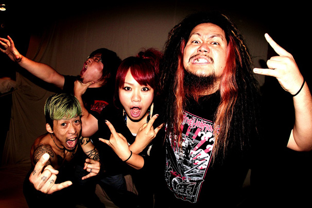 maximum-the-hormone_artist-photo-for-DB