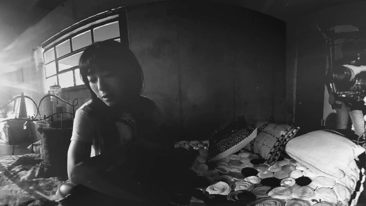 宇多田ヒカル「花束を君に」360度のMVメイキング映像 アルバム発売記念