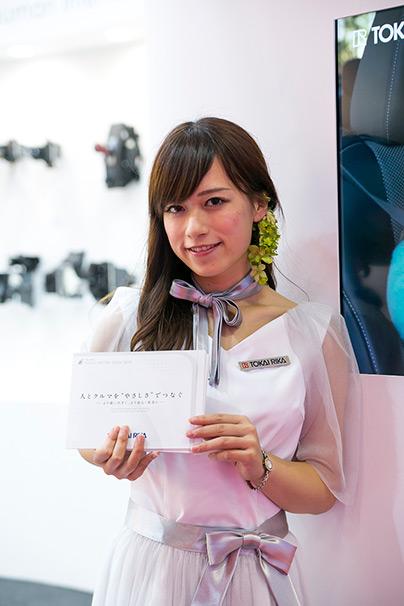 「東京モーターショー2015」美人コンパニオン画像まとめ44