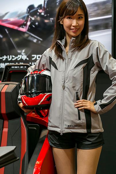 「東京モーターショー2015」美人コンパニオン画像まとめ25