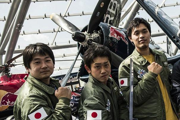 左より日本代表の林洋平さん、富永正道さん、加治屋祐輝さん/(C)Sebastian Marko/Red Bull Content Pooln