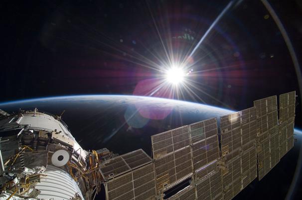 アカデミー賞祝いのNASAによる本物の「ゼロ・グラヴィティ」写真1