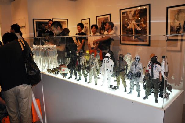 アシュレイ・ウッドのThreeA(3A)日本初個展23