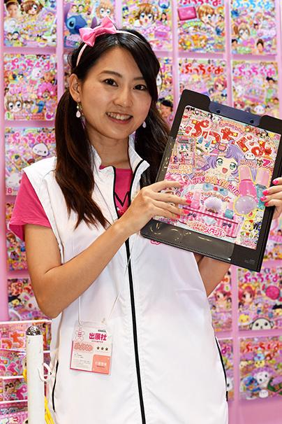 東京おもちゃショー美人コンパニオン写真18
