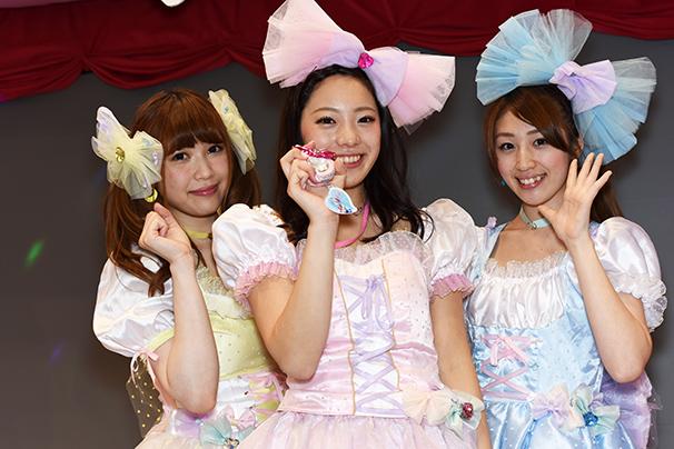 東京おもちゃショー美人コンパニオン写真14