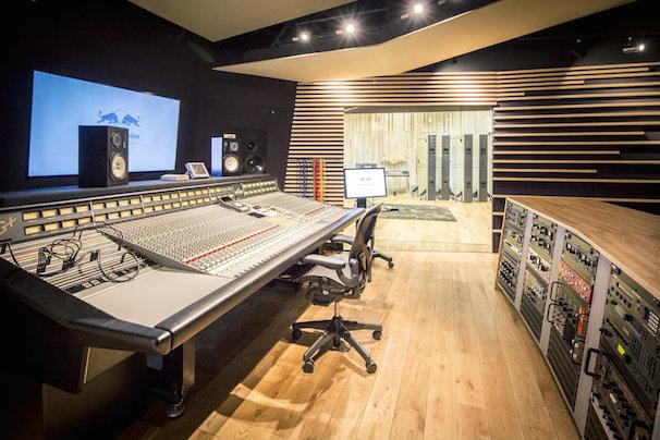 ��Red Bull Studios Tokyo�סʲ���ϸ����Ȥ���