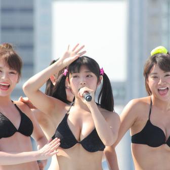 【TIF2017】グラビアユニットG☆Girls、眩しいビキニで悩殺!【写真】