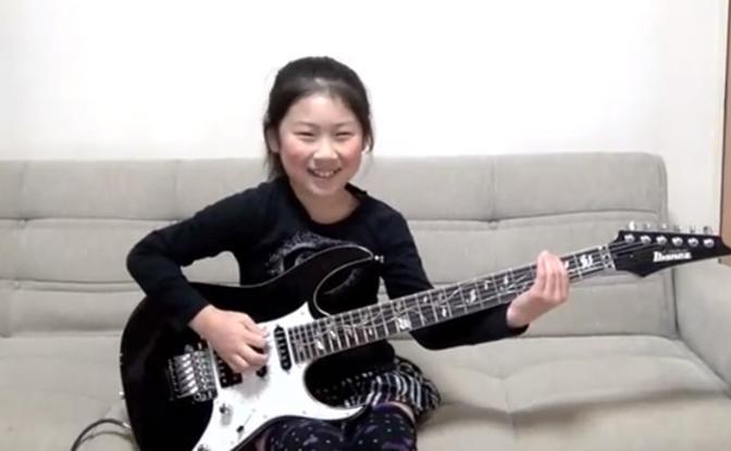 これはうめええ! 日本人8歳の女の子のメタル演奏が海外で話題