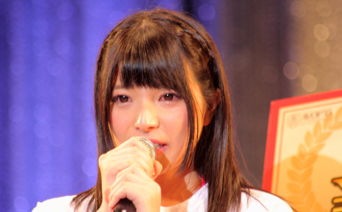 AV女優の上原亜衣、2016年春に引退を発表「1番をとって目標がなくなった」