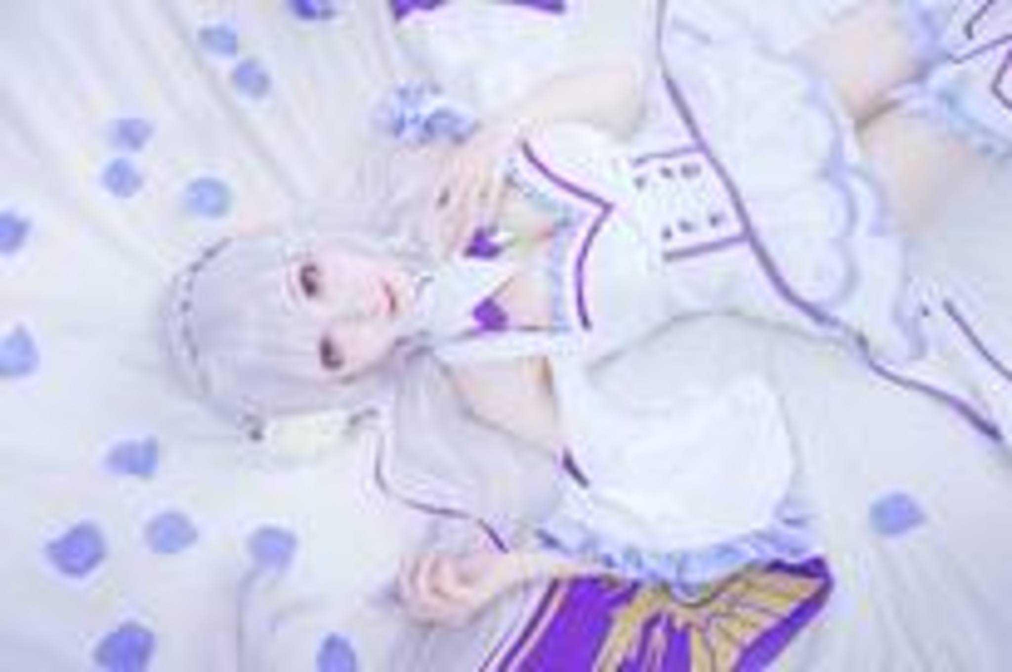 Monさん/『Re:ゼロから始める異世界生活』エミリア