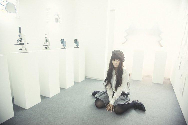 森美術館「LOVE展」にやくしまるえつこ参加!新作インスタレーション《LOVE+1+1》を発表