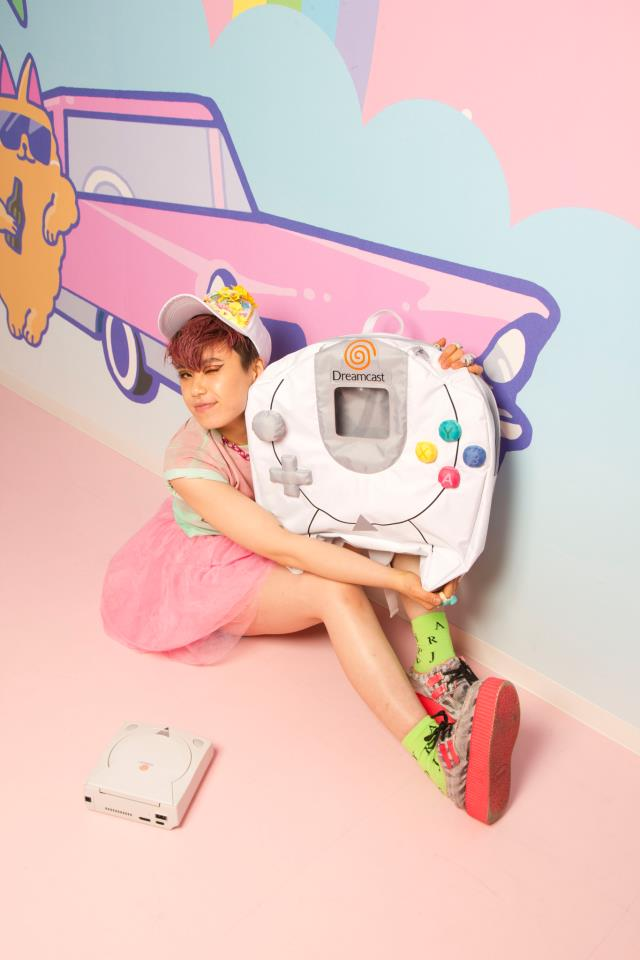 ドリキャスのコントローラーがバッグに! セガが女性向けブランド「Segakawaii」(セガカワイイ)を発表