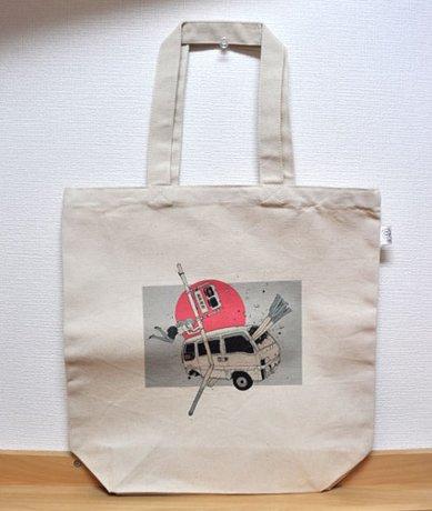 編集部でもいくつか購入しました。にほへさんのトートバッグ!@KAI-YOUオフィス