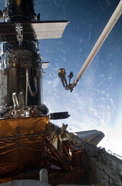 アカデミー賞祝いのNASAによる本物の「ゼロ・グラヴィティ」写真3