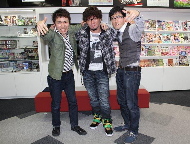 左からMC正社員さん、真代屋秀晃さん、DOTAMAさん