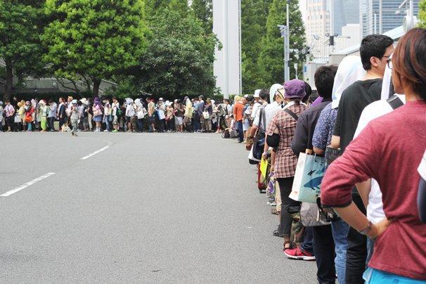 小林幸子/「コミックマーケット86」/『さちさちにしてあげる♪』/待機列