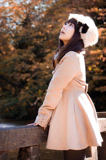 ケープ、トレンチ、ミモレ丈……注目の秋冬ファッションを発表!
