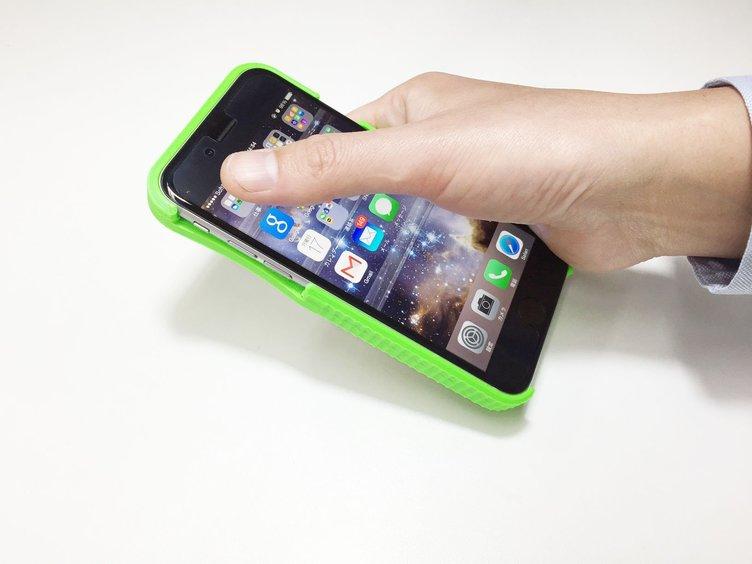 待ってた! 指が届かない人用のiPhone6ケース、進化して販売決定