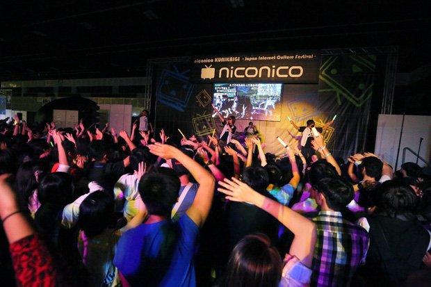 シンガポールが沸いた! 初開催の「ニコニコ国会議」に出演してみた