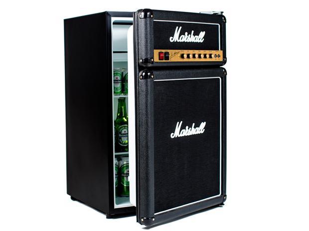 素材は本物と同じ! 日本未発売のマーシャルアンプ型冷蔵庫が超クール