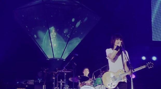 ミクが東京ドームに降臨! バンプ×初音ミク「ray」ライブ映像