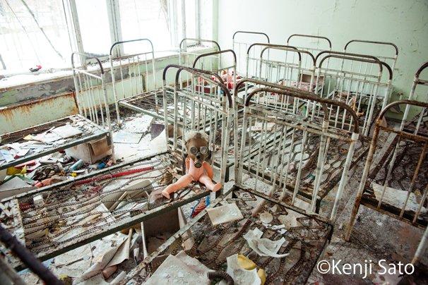チェルノブイリ事故で無人の街となったプリピャチ(ウクライナ)市内の病院