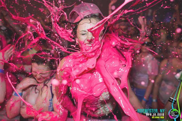 EDMペイントパーティー「Life In Color」がポップすぎ! 音とインクに塗れろ