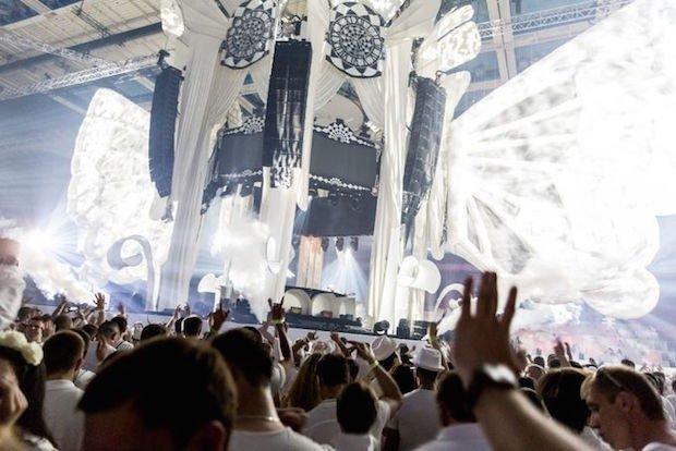 世界一美しい音楽フェス「Sensation」日本初上陸 ドレスコードは全身白