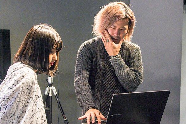 左:酸欠少女さユり、右:KASICO