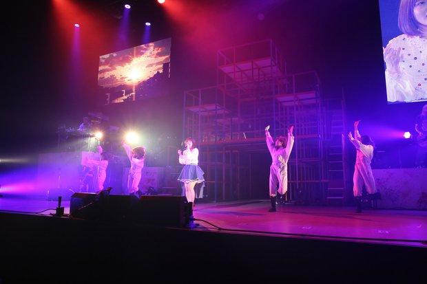「内田真礼 1st LIVE『Hello,1st contact!』」6