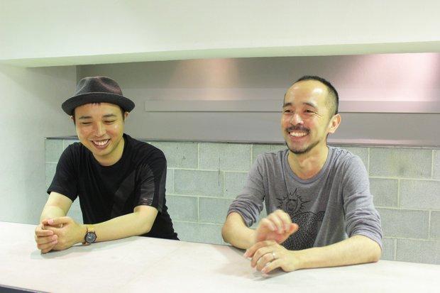 AC部 (左)板倉俊介さん(右)安達亨さん 3