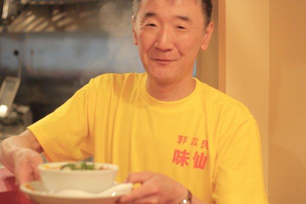 「郭 政良 味仙」神田店の店長・山田さん