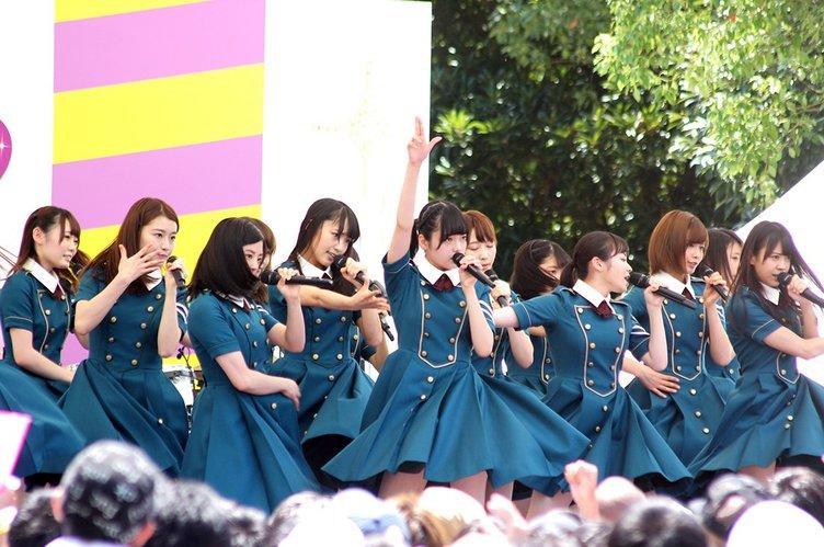 【TIF】欅坂46初登場! 凛々しくも美しく「サイレントマジョリティー」披露