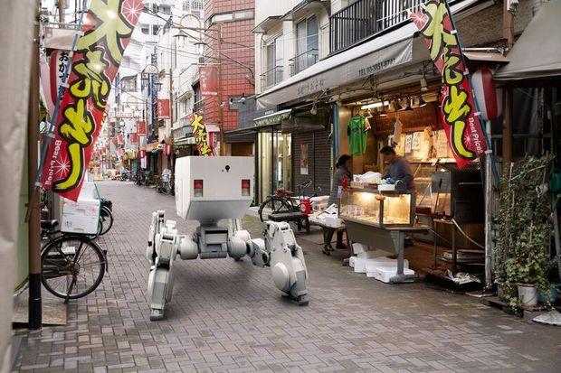 出雲重機が描く「近未来の都市部で働くロボット」像